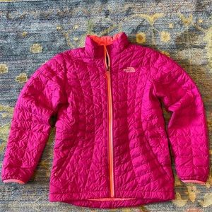The North Face girls Thermoball coat size 14/16